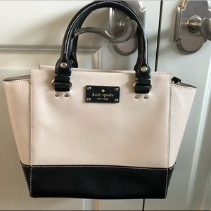 EUC Kate Spade Black and Beige Colorblock bag